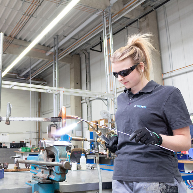 teko news verschmutzungsbroschuere 675x675 - TEKOINFO for clean system technology